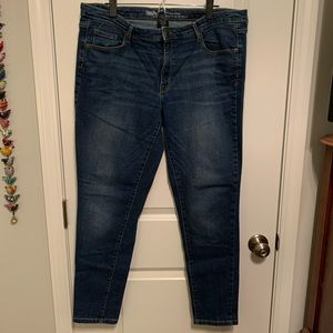 Mossimo Mid-Rise Skinny jeans, size 16